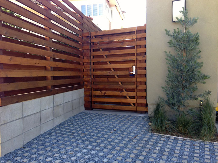 Architecture Vogue Horizontal Wood Plank Fencing Sala